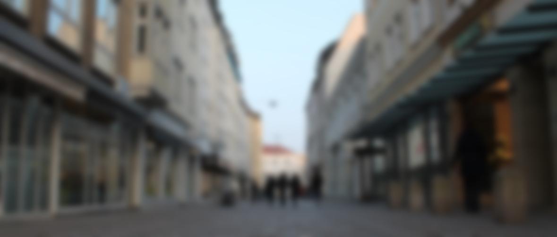 slide-03-blur
